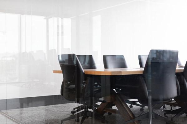 オフィス家具の基本と選び方